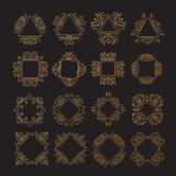 Monogramms z kwiecistymi ornamentami royalty ilustracja