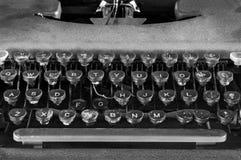 Monokrom Closeup för skrivmaskinstangentbord Arkivbilder