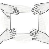 Monokrom 4 händer med stycket av papper Arkivbild