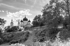monokromen avbildar Helig Bogolyubovo kloster i den soliga sommardagen, Vladimir region, Ryssland Arkivbilder