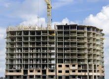Monoliet-baksteen huis in aanbouw Royalty-vrije Stock Foto