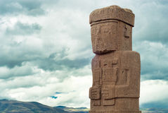 Monoliet bij Ruïnes van Tiwanaku, Bolivië Stock Foto's