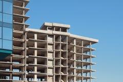 Monolithischer Rahmen Multystoried des Hauses Lizenzfreie Stockbilder
