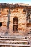 Monoliti e sculture Jain del tempio di Siddhachal a Gwalior, Madhy Immagine Stock