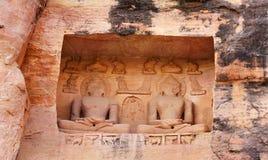 Monoliti e sculture Jain del tempio di Siddhachal a Gwalior, Madhy Fotografia Stock