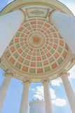 Monopteros tempel i den engelska trädgården, Munich Bayern, Tyskland Arkivbild