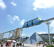 monorail dans l'hublot du stationnement du monde, shenzhen images libres de droits