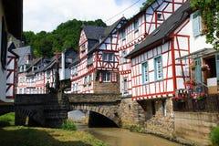 Monreal - mooiste stad in het Palatinaat van het Rijnland Royalty-vrije Stock Foto's