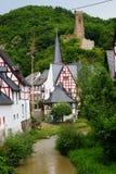 Monreal - mooiste stad in het Palatinaat van het Rijnland Stock Afbeelding