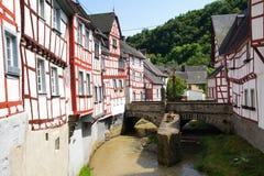 Monreal - najwięcej pięknego miasteczka w Rhineland Palatinate Obrazy Royalty Free