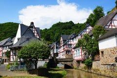 Monreal - najwięcej pięknego miasteczka w Rhineland Palatinate Fotografia Royalty Free