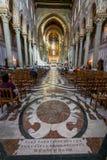 MONREALE ITÁLIA - 13 de outubro de 2009: Interior da catedral de Foto de Stock