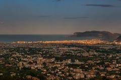 MONREALE ITÁLIA - 13 de outubro de 2009: vista panorâmica Fotografia de Stock Royalty Free