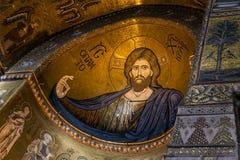 MONREALE ITALIEN - Oktober 13, 2009: Inre av domkyrkan av Royaltyfri Bild
