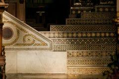 MONREALE ITALIEN - Oktober 13, 2009: Inre av domkyrkan av Arkivfoto