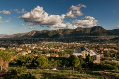 MONREALE ITALIEN - Oktober 13, 2009: panoramautsikt Fotografering för Bildbyråer