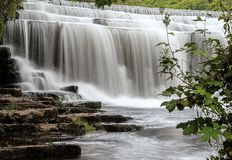 Monsal瀑布 免版税库存照片