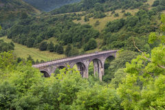 From Monsal Head, the Monsal Trail passes over Headstone Viaduct Stock Image