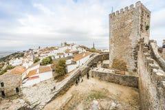 Monsaraz古镇位于小山阿连特茹, Portu 免版税库存图片