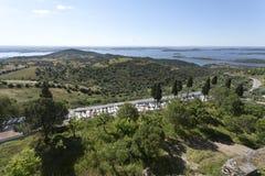 从Monsaraz小山的看法 库存图片