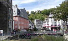 Monschau, впечатление деревни Германии разбивочное стоковое изображение rf