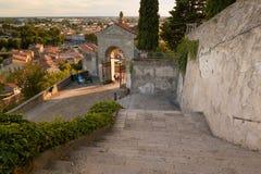 Monselice, Italië - Juli 13, 2017: Mening vanaf bovenkant aan stad met rode daken Royalty-vrije Stock Foto