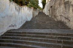 Monselice, Italië - Juli 13, 2017: Villa Dudo De trap is een ekzedra - een halfrond die platform met een gebied na Frank wordt ge royalty-vrije stock foto's