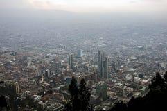 从Monserrate小山, Bogot,哥伦比亚的看法 库存图片