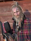 Monsieur plus âgé excentrique avec une coiffure spéciale Photographie stock