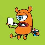 Monster die een Laptop Computer met behulp van Royalty-vrije Stock Foto's