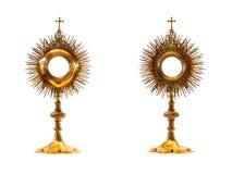 Monstrance litúrgico del oro del buque Imágenes de archivo libres de regalías