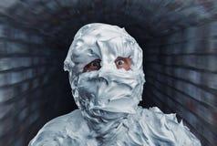 Monstro assustador coberto com a espuma Imagem de Stock Royalty Free