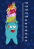 Monstro azul feliz com os presentes no fundo com estrelas Stadiometer Vetor Fotos de Stock
