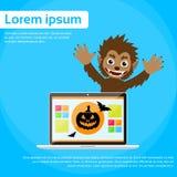 Monstro de Dia das Bruxas do homem-lobo do laptop selvagem ilustração stock