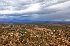 Monsun-Sturm über Wüste lizenzfreies stockfoto