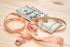 Montão da medida do dinheiro imagens de stock royalty free