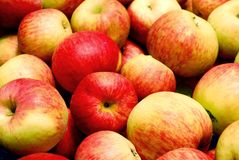 Montão das maçãs Fotografia de Stock