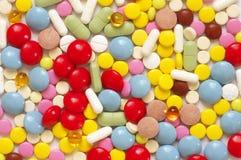 Montão de comprimidos coloridos Foto de Stock