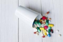 Montão de comprimidos da medicina Imagens de Stock Royalty Free