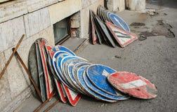 Montão de sinais de estrada Fotografia de Stock Royalty Free