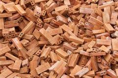 Montão de tijolos vermelhos Imagens de Stock