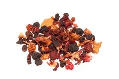 Montão do chá seco do fruto no fundo branco Foto de Stock