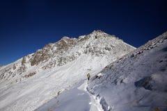 Mont?e de la grande cr?te d'Almaty image stock
