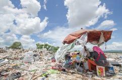 Montón de basura grande imagen de archivo