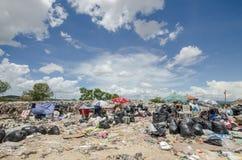 Montón de basura grande imagenes de archivo