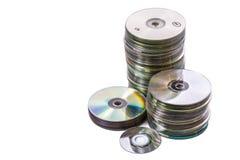 Montón de discos cd y mini usados viejos imágenes de archivo libres de regalías