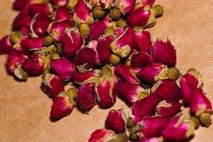 Montón de flores color de rosa secados Imagen de archivo