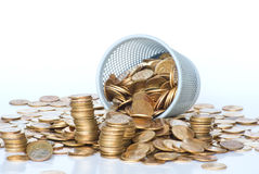 Montón de las monedas de Unión Soviética en caja. Imagen de archivo