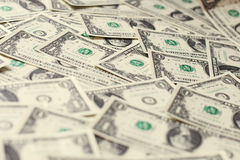 1 montón de los billetes de banco de los dólares de los E.E.U.U. fotos de archivo