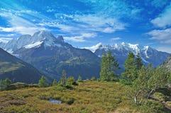 Mont Blanc που το ίχνος Στοκ φωτογραφία με δικαίωμα ελεύθερης χρήσης